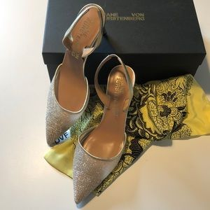 """DVF ATHENA 3"""" Heel Pumps in Gold Size 7.5"""
